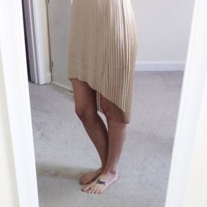 Forever 21 Dresses & Skirts - Tan pleated high low skirt beige nude