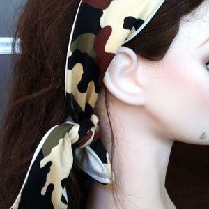 Duck dynasty headscarf
