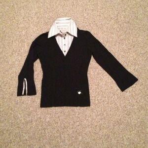 Karen Miller knit top with shirt collar.