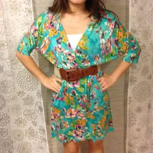 Everly Floral dress with Pockets!