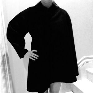 🎉HOST PICK🎉 Fendi Black Fleece-Wool Coat. 44 NWT
