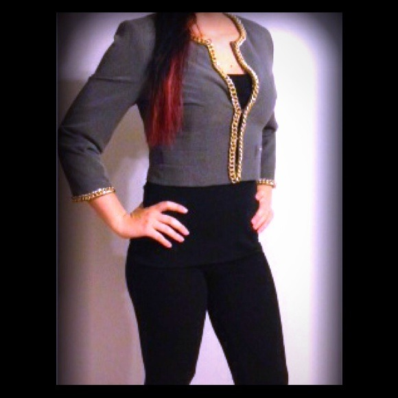 Jackets & Blazers - 🎉HOST PICK🎉 Blazer with gold chain accents❤NWOT