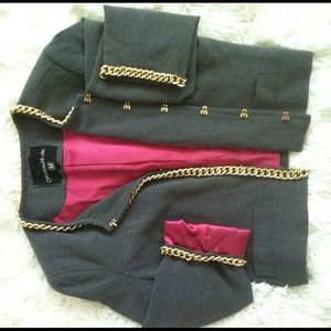 Jackets & Coats - 🎉HOST PICK🎉 Blazer with gold chain accents❤NWOT