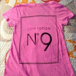 Wildfox love potion no. 9 shirt -small - NWOT