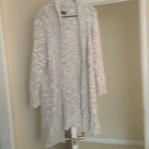Long cardigan like sweater