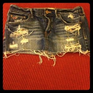 $7- HOLLISTER Distressed Mini