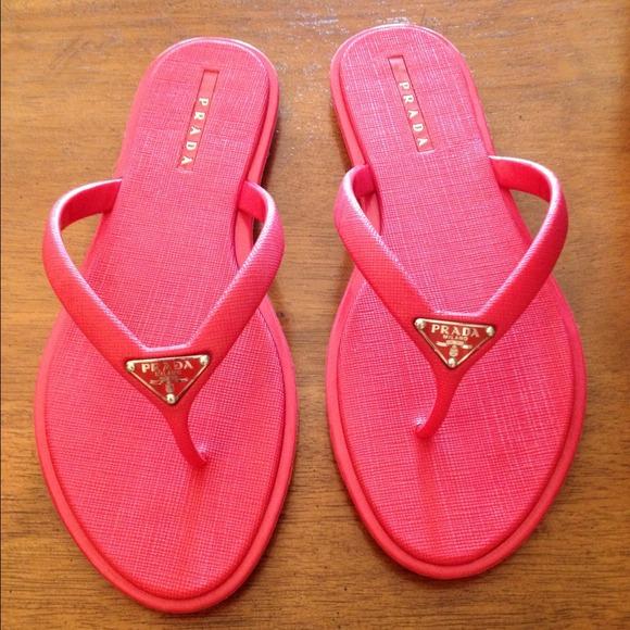 Authentic Prada Women s Rubber Flip Flops. M 51a8ff028ae4a073f80018fe 28f4245e50