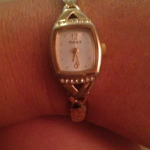 Faux gold elastic timex watch