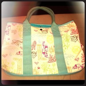 Handbags - *REDUCED*Large fashion print cloth tote bag.
