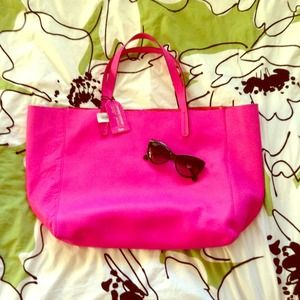 GAP Handbags - Gap Leather Tote Bag