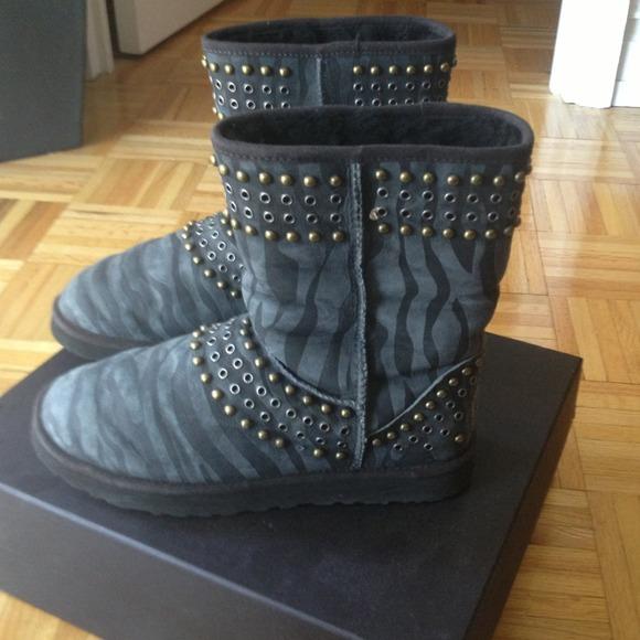 a69e10eaf6f 🚨ON HOLD 🚨 Ugg Australia x Jimmy Choo boots