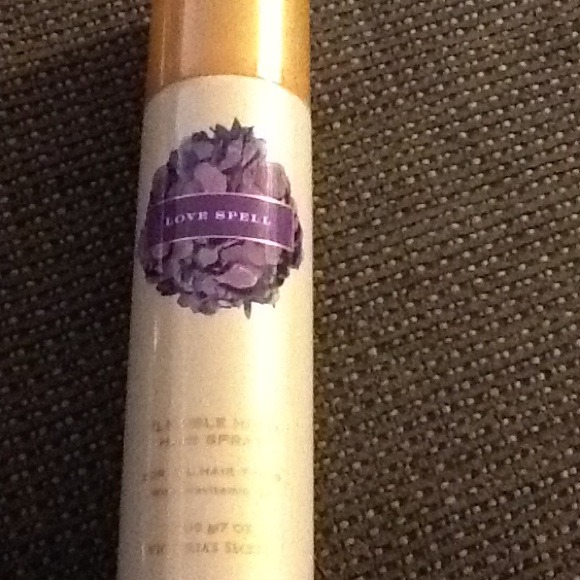 Victorias Secret Other Victoria Secret Love Spell Hairspray