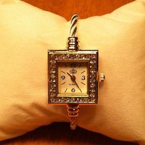 ⌚️Gold & White Square Rhinestone Wristwatch