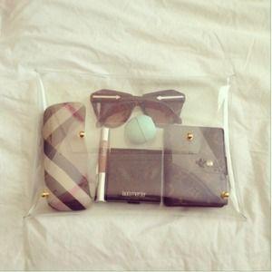 Bags - Clear Vinyl Clutch (Medium)