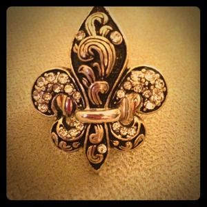 No longer available-----Fleur de Lis ring