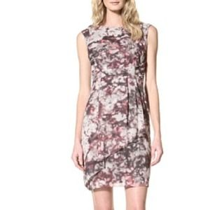 Vince Camuto Dresses & Skirts - Vince Camuto Dresses Sleeveless Print Dress