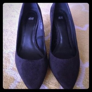 H&M Black Suede Pumps 6 6.5!
