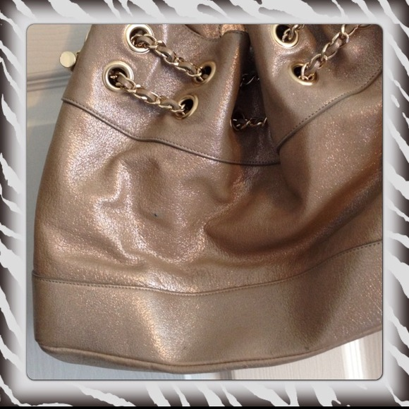 Elaine Turner Bags - Wow! Elaine Turner Gold Alexis Leather Handbag