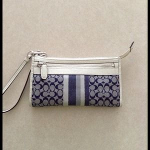 Authentic Coach Legacy Large Wristlet