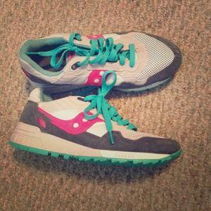 Adorable Saucony sneakers