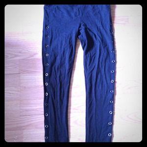 Other - Black rivet leggings