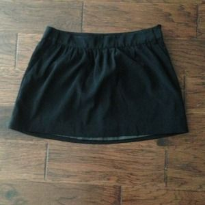 Black express mini skirt