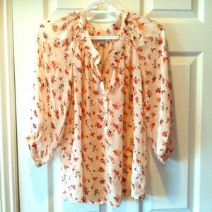Very cute floral top small.