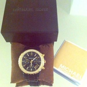 Michael Kors Ladies Chronograph Watch ⌚