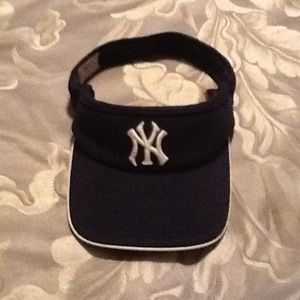 New York Yankees visor