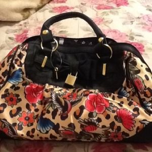 JUST FAB STUNNING FLORAL PURSE NEW