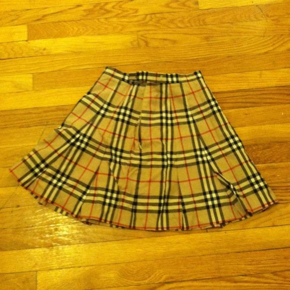 11c77e1cf Burberry Dresses & Skirts - Authentic Burberry school girl type pleated  skirt