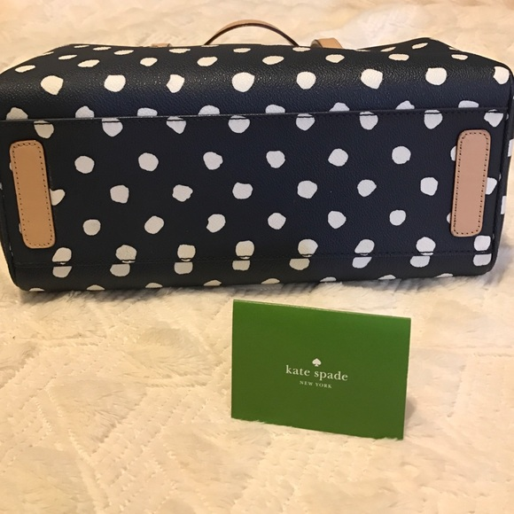 kate spade Bags - LAST CHANCE KATE SPADE SATCHEL navy/white