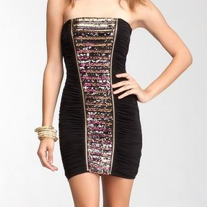 🎈Host Pick🎈Bebe Strapless Sequins Dress