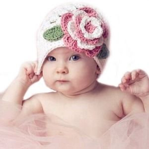 Other - 👐Hand made baby hat with flowers!!