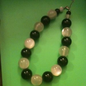 Jewelry - LARGE BLACK & WHITE BEADS NECKLACE