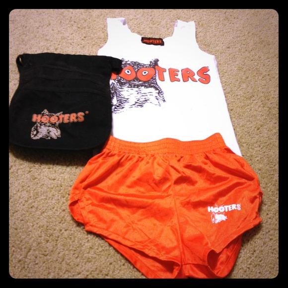 Hooters Uniform For Sale 106