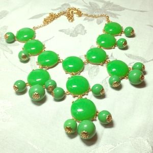 Last green Bubble bib necklace