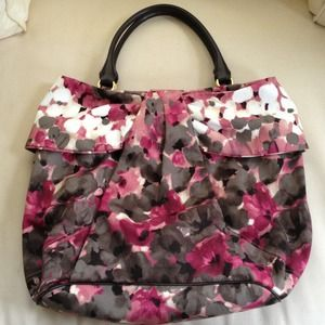 🎉HOST PICK🎉 Moschino Large Floral Purse NWT