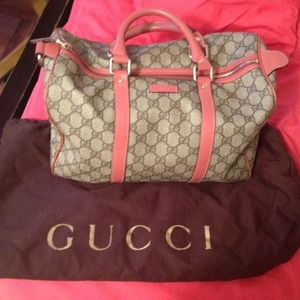 Gucci 100% Authentic Boston bag NEGOTIABLE