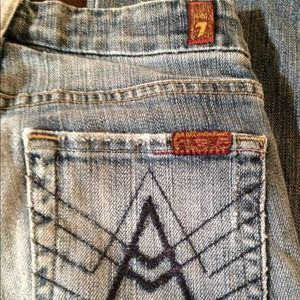 7 for all Mankind Jeans - 7 for all Mankind distressed A pocket jean