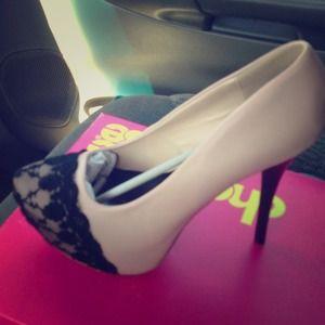 Brand new women's heels.  Size 11