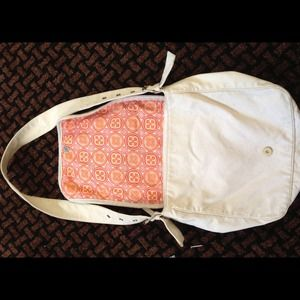 Old navy shoulder bag.
