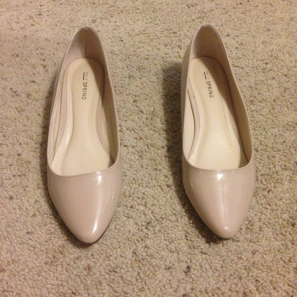 5e62403d1 CALL IT Shoes | Spring Cream Colored Flats | Poshmark
