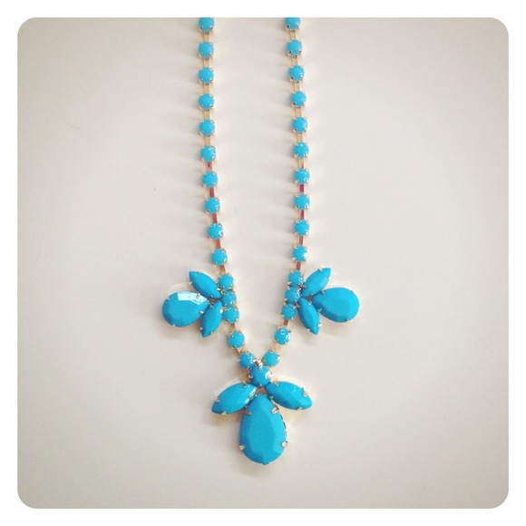 Jewelry - Blue Gemstone Statement Necklace