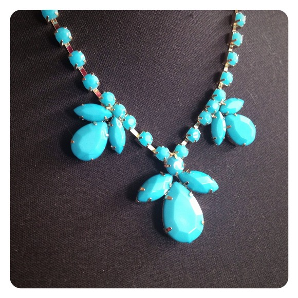 Jewelry - HALF OFF SALE | Blue Gemstone Statement Necklace