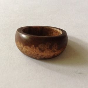Wood floral ring