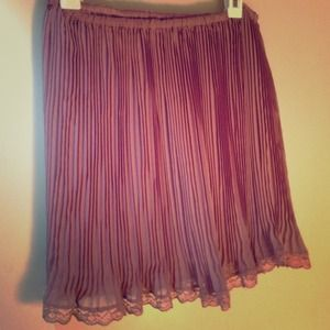 Urban Outfitters Dresses & Skirts - 💗💕rose colored chiffon skirt with lace trim 💕💗
