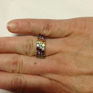 Jewelry - Pretty multi gem stone ring