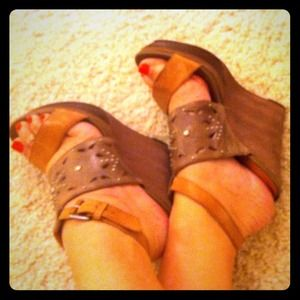 ⬇Miss Sixty Sexy Summer Wedges! Worn 1x like New💖