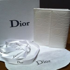 Auth Christian Dior Wallet